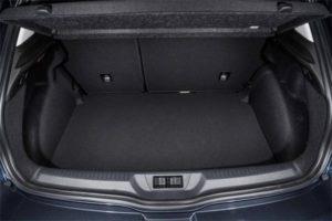 new-renault-megane-car-boot